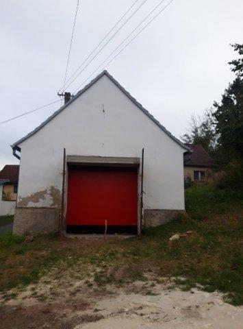 Projekty publicita 2021  Název projektu Výměna okna a vrat v budově garáže JSDH Slabčice - vrata